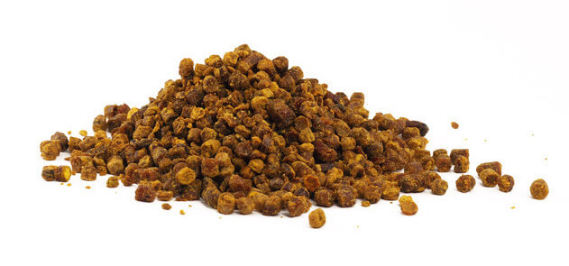 Raw bee propolis powdered